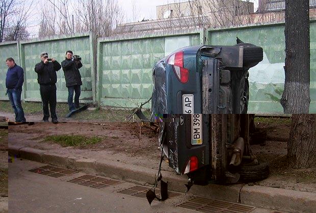 Авария в Киеве Daewoo Lanos столкнулся с Mazda 3, на пересечении улиц
